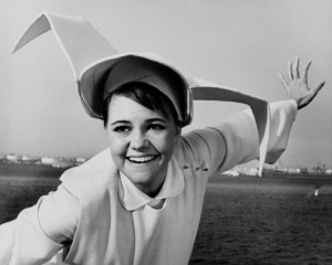 Oscar-winner Sally Field may slash herself a bit around the wrists in regret for taking this role, but her Flying Nun career choice meant 30 minutes of amiable, starched-white whimsy to millions in the '60s and 70s.