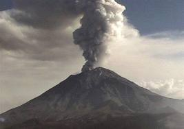 "Mexico's Popocatepetl reacts to the news of Kim Kardashian's recent natal ""accomplishment."""