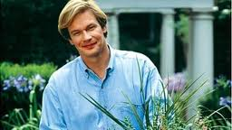 """Hi! I'm P. Allen Smith, and with Autumn just around the corner, we're going to learn a little bit about how to grow one of the most popular and delicious comfort foods you can find in the American garden -- the Mother-in-Law Plant!"""